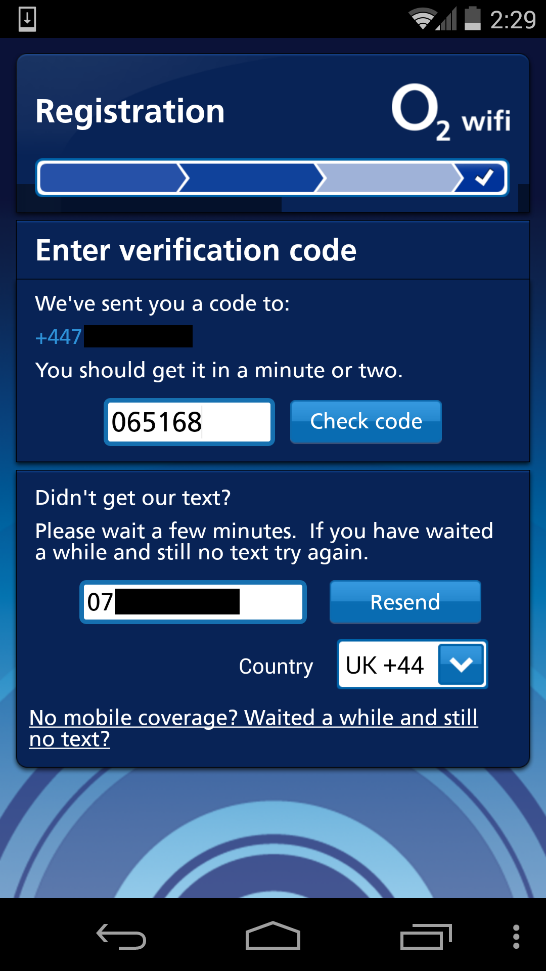 O2 Wifi app sends authentication and personal data over